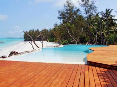 pongwe-beach-hotel-1